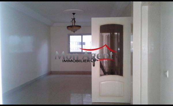 Villa en location la cit cbao nord foire dakar for Acheter maison senegal